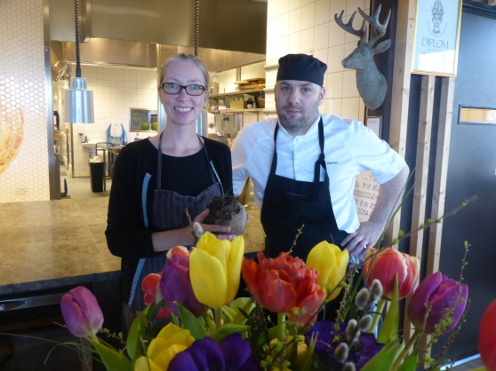 Katrin och Tommy som driver restaurangen på Naturum vid Läckö slott. Två av alla de fantastiska människor vi träffade vid Läckö slott.