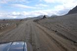 Ute på lite sämre vägar på väg mot Landmannalaugur. Vi åkte genom ett fantastiskt landskap!