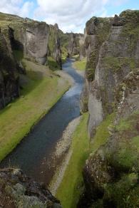 Fjaðrárgljúfur, en fantastisk kanjon var nästa stopp på vägen mot Skaftafell. Imponerande vad naturen kan åstadkomma!