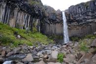 Framme vid Skaftafell och vår första vandring där. Ännu ett fantastiskt vattenfall.