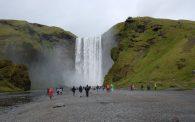 Skogafoss, även känt som Islands vackraste vattenfall.